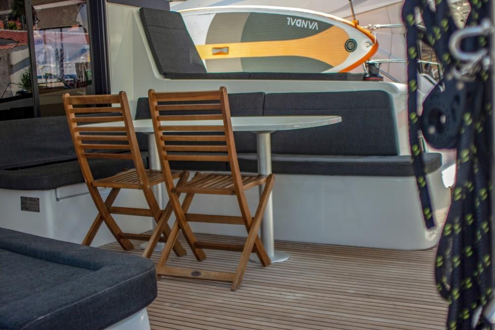 Location Catamaran à Split - Lagoon Lagoon 42 (2017) MALA KATE equipped with generator, A/C (saloon)