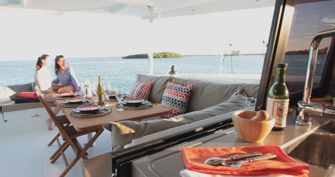 Location Catamaran à Kaštel Gomilica - Fountaine Pajot Lucia 40
