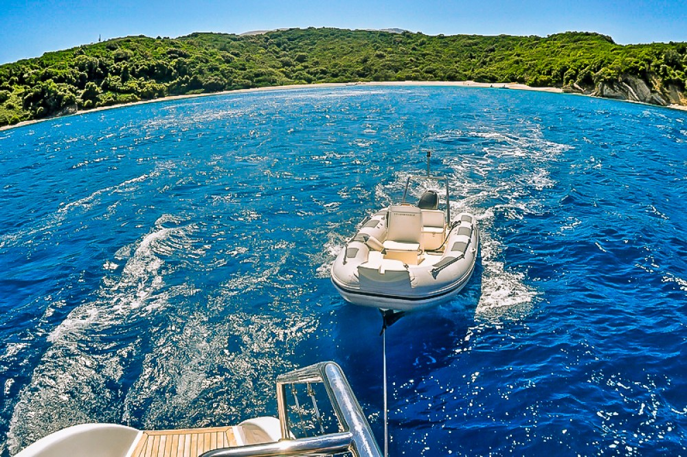 Location bateau Kontokali pas cher Caribe 69