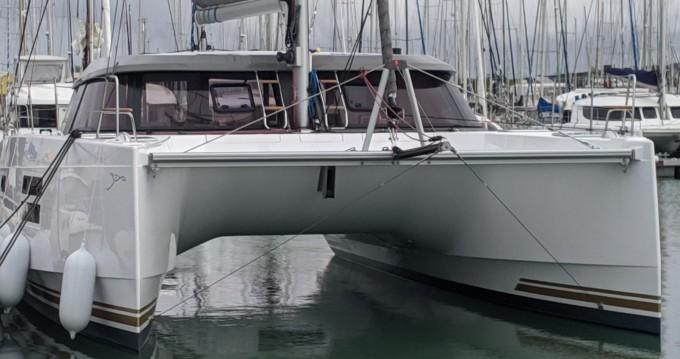 Location bateau Nautitech Nautitech 40 à Castelldefels sur Samboat