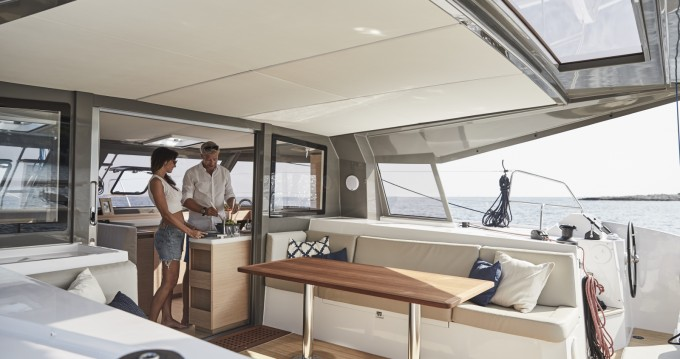 Louer Catamaran avec ou sans skipper Nautitech à Castelldefels