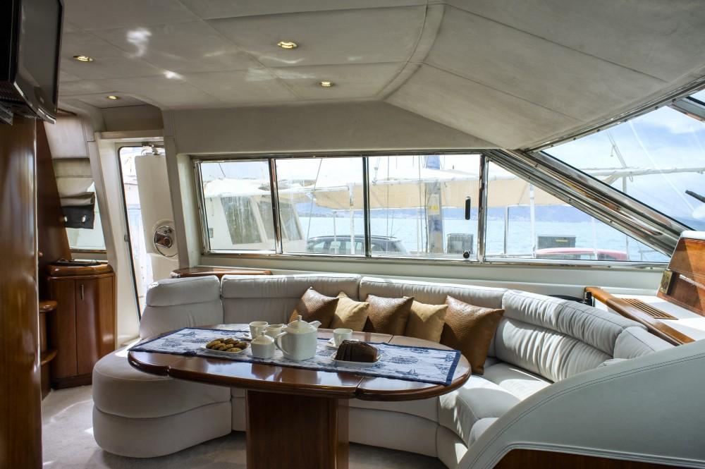 Location bateau  Technema 67 à Athenes sur Samboat
