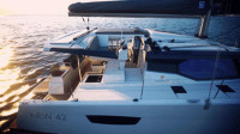 Location bateau Saint-Martin (France) pas cher Astrea 42