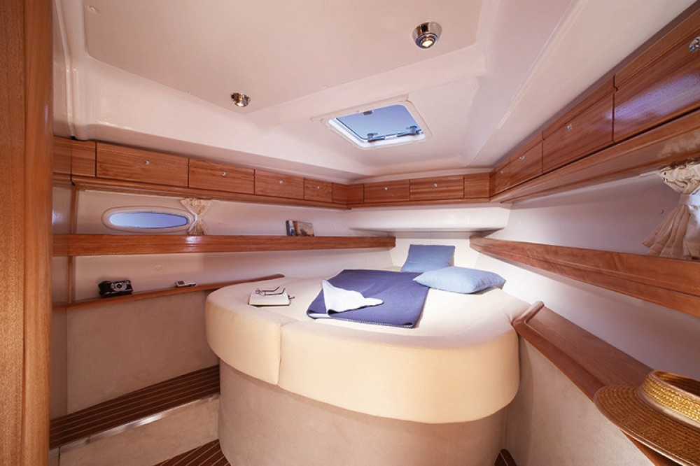 Location bateau Arona pas cher Bavaria 46 Cruiser