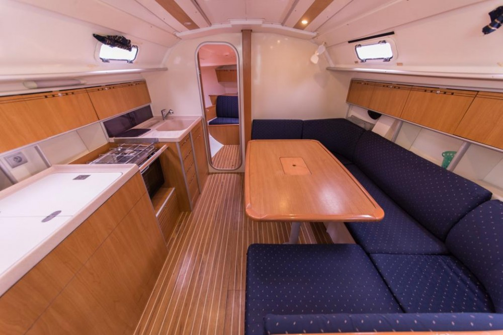 Poncin Yachts Harmony 38 entre particuliers et professionnel à Šibenik