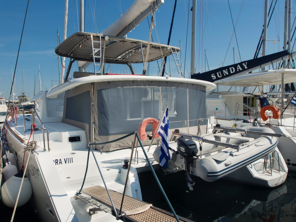 Location bateau Lagoon Lagoon 450  Flybridge à Marina de Alimos sur Samboat