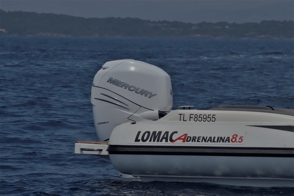 Lomac Adrenalina 8.5 entre particuliers et professionnel à Hyères
