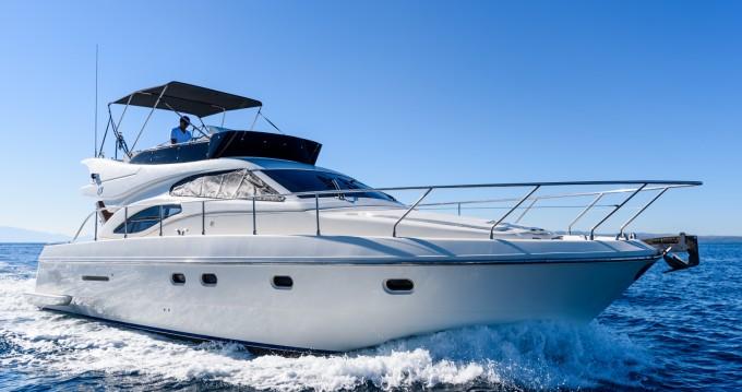 Location bateau Ferretti Ferretti 430 à Split sur Samboat