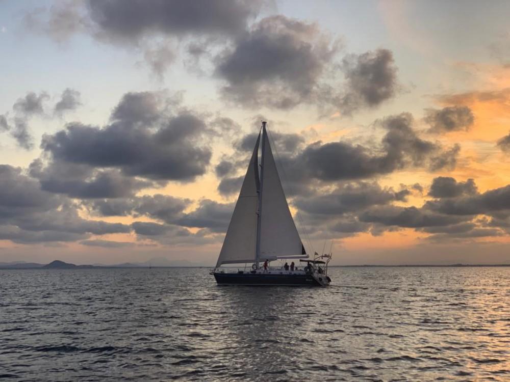 Location bateau San Javier pas cher Oceanis 50