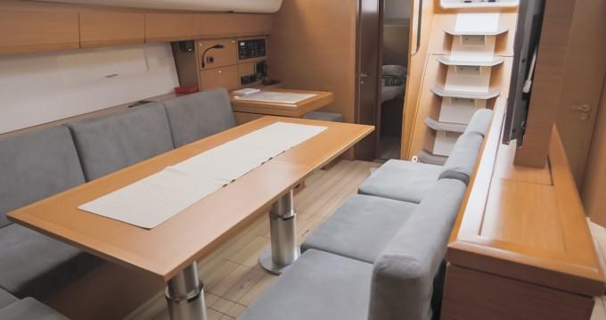 Location bateau Jeanneau Jeanneau 54 - 4 + 1 cab. à Komolac sur Samboat