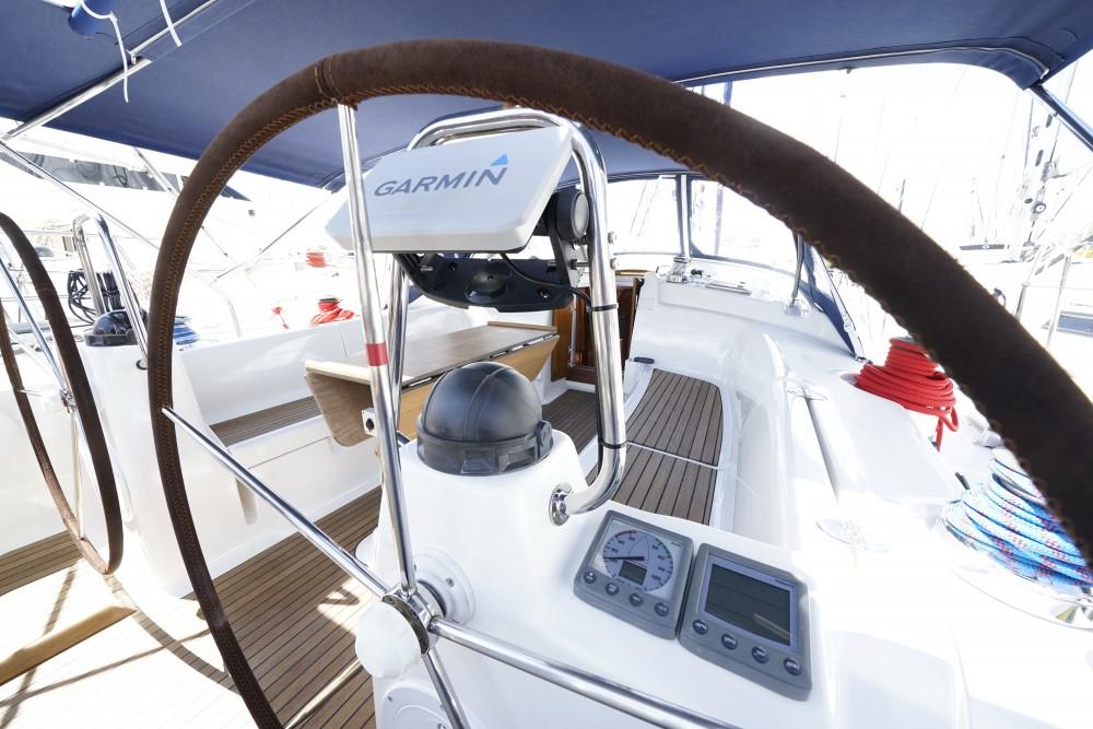 Location Voilier à Marina de Alimos - Bavaria Bavaria 43 Cruiser