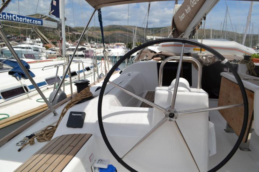 Location bateau Dufour Dufour 460 Grand Large à Furnari sur Samboat