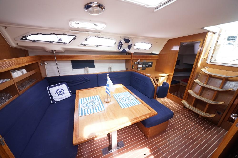 Bavaria Bavaria 43 Cruiser entre particuliers et professionnel à Marina de Alimos