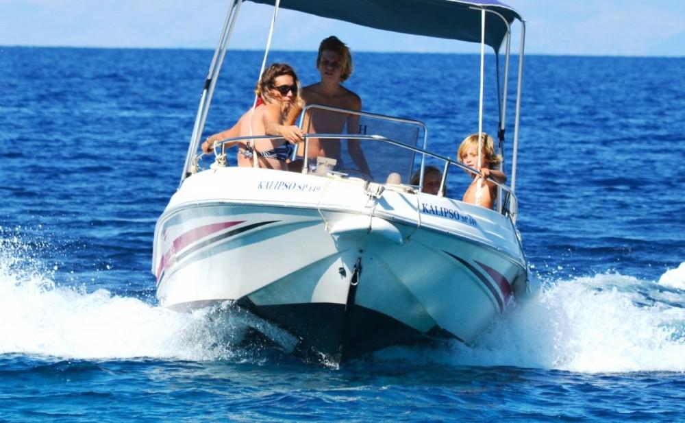 Louez un Poseidon 480 Bluewater à Gaios