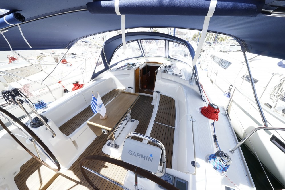 Location bateau Marina de Alimos pas cher Bavaria 43 Cruiser