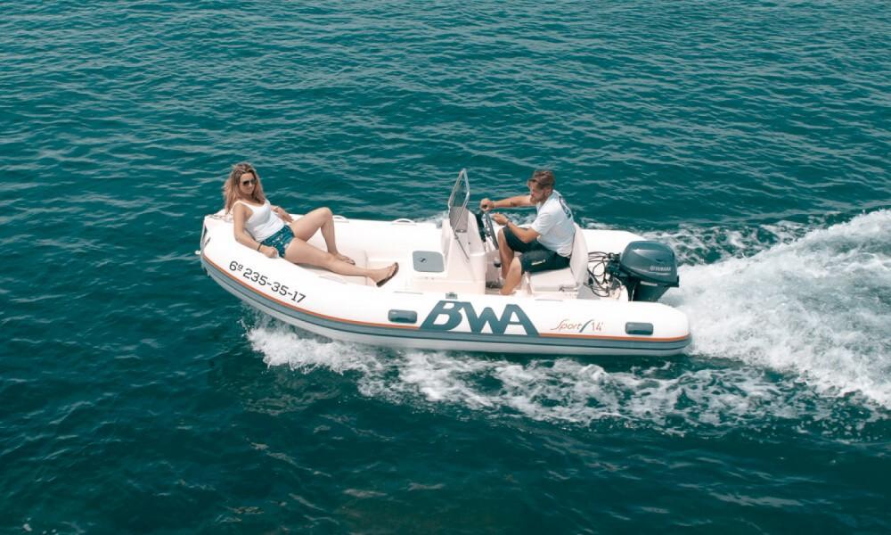 Louer Bateau à moteur avec ou sans skipper Bwa à Roses