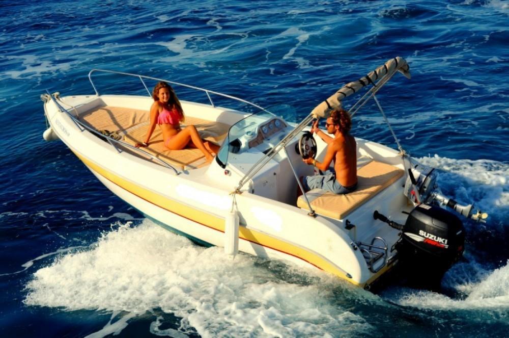 Louez un Aquamar Ericusa 550 à Gaios