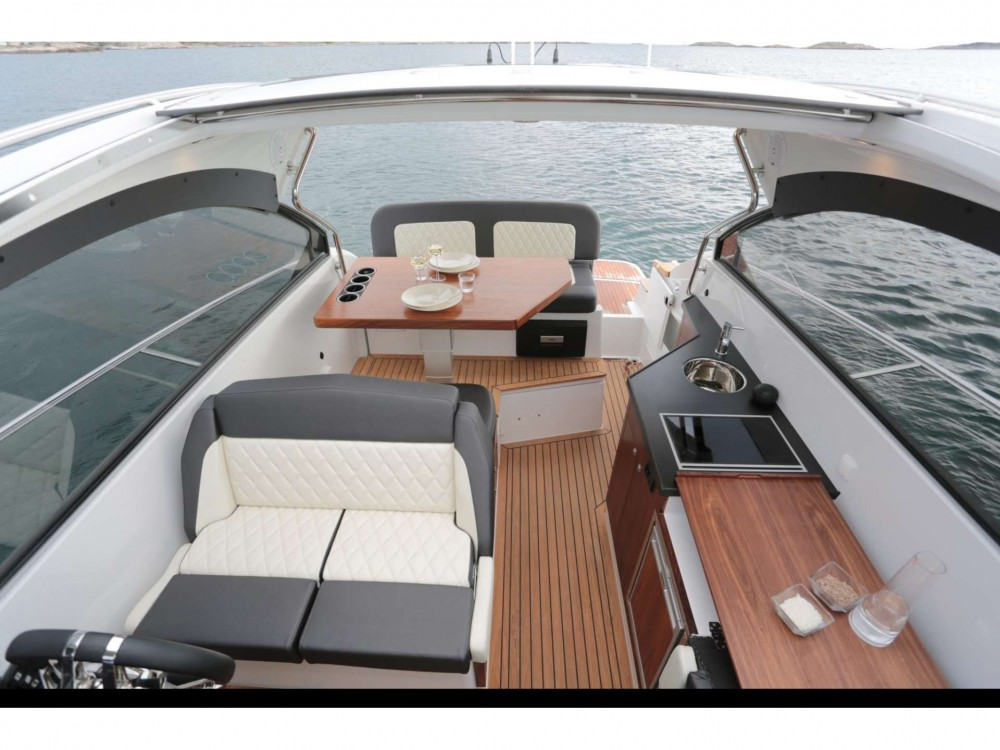 Location bateau Grandezza Grandezza 28 0C à Trogir sur Samboat