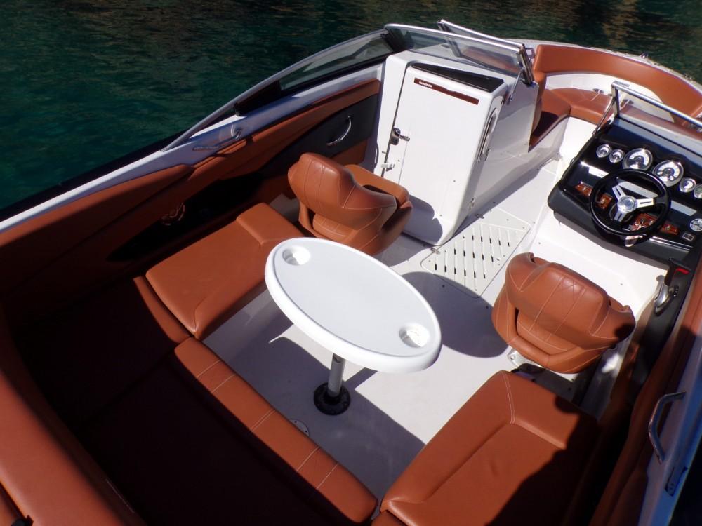 Location Bateau à moteur à Ibiza - Glastron GT 245