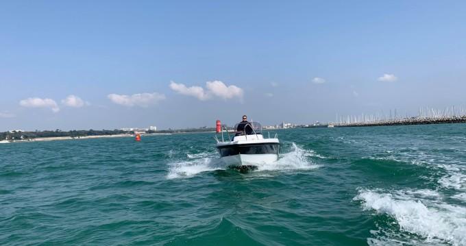 Location bateau Lobster boat Open 605 à La Rochelle sur Samboat