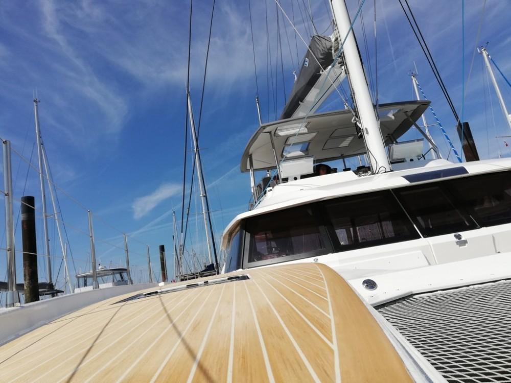 Location bateau Castellammare di Stabia pas cher Fountaine Pajot Alegria 67