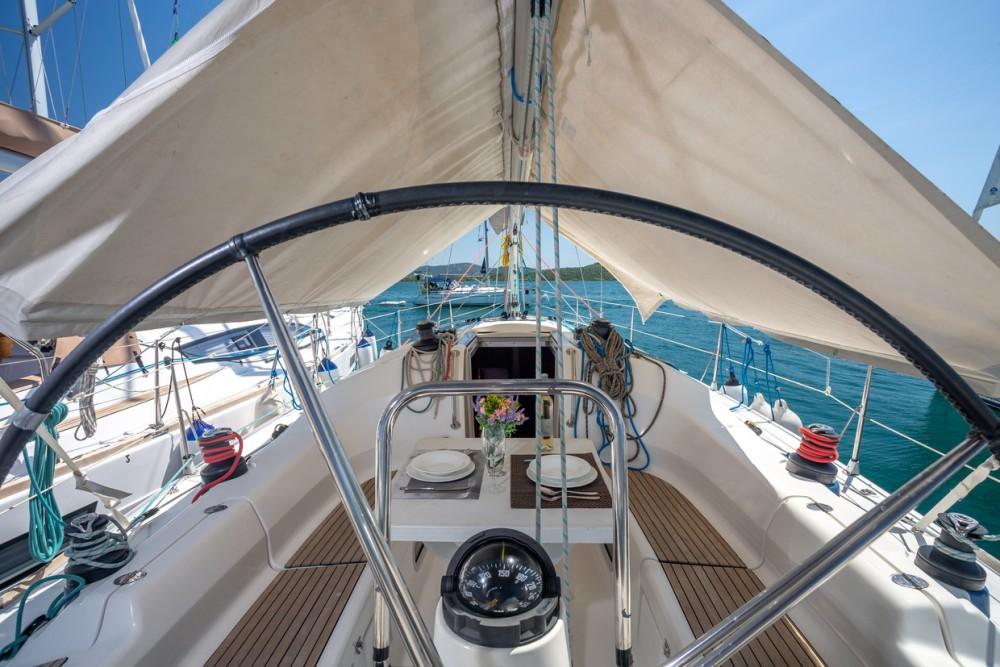 Location bateau Bavaria Bavaria 42 Match à Pirovac sur Samboat