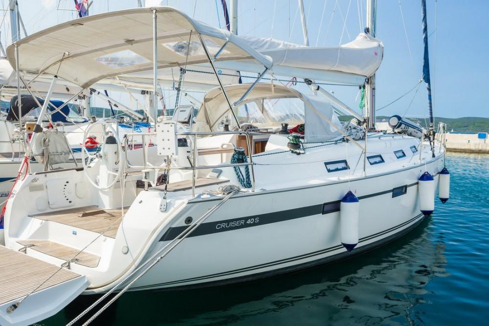 Location bateau  pas cher Bavaria Cruiser 40 S