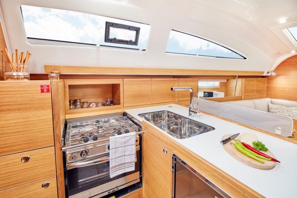 Location bateau Elan Elan Impression 40.1 à Pirovac sur Samboat