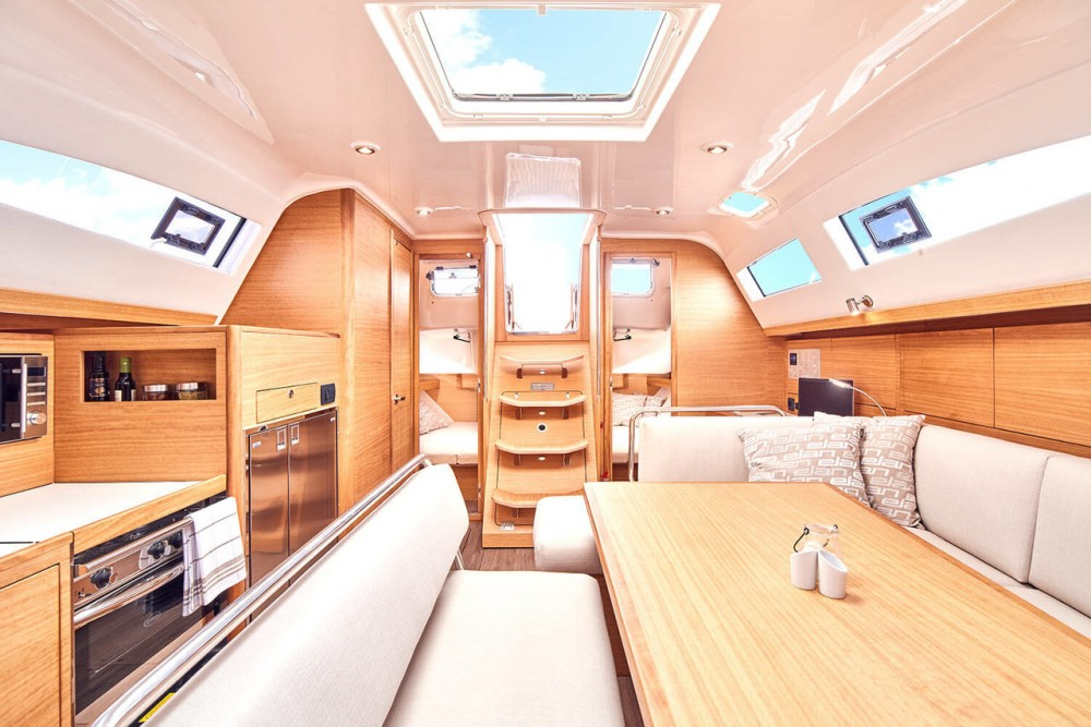 Location bateau Pirovac pas cher Elan Impression 45.1