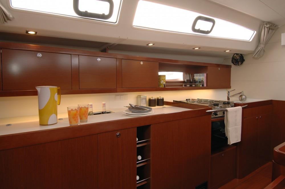 Location bateau Pirovac pas cher Oceanis 50 Family - 5 + 1 cab.