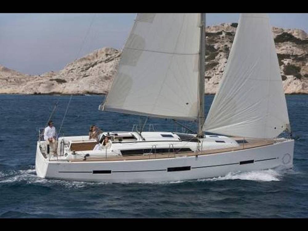 Location bateau Dufour Dufour 412 à Marseille sur Samboat