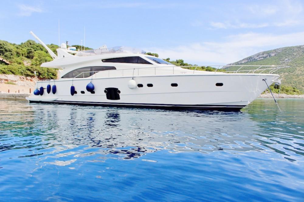 Location bateau Grad Rijeka pas cher Ferretti Yachts 681