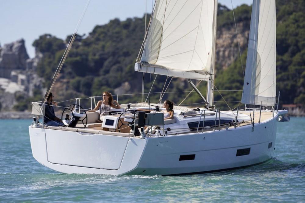 Dufour Dufour 390 entre particuliers et professionnel à Péloponnèse, Grèce occidentale et Îles Ioniennes