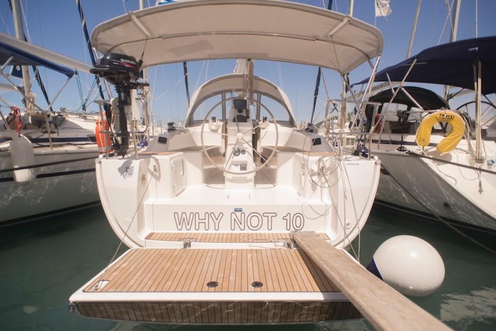 Location bateau Péloponnèse, Grèce occidentale et Îles Ioniennes pas cher Bavaria 33 Cruiser