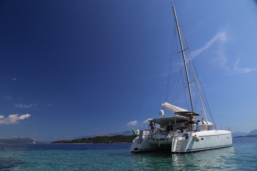 Location bateau Lagoon Lagoon 421 à Péloponnèse, Grèce occidentale et Îles Ioniennes sur Samboat