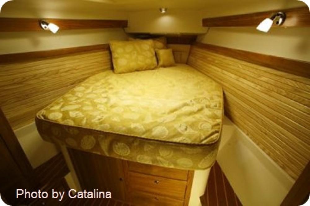 Louez un Catalina Yachts catalina 375 à เกาะสมุย