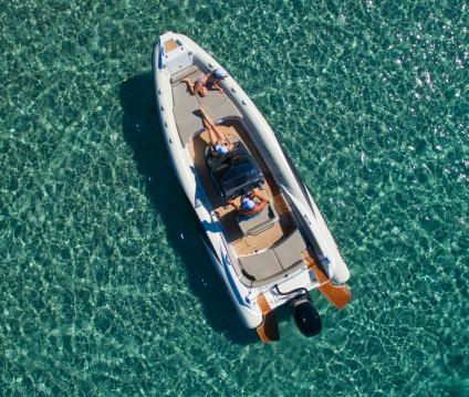 Location bateau Hyères pas cher Adrenalina 7.5