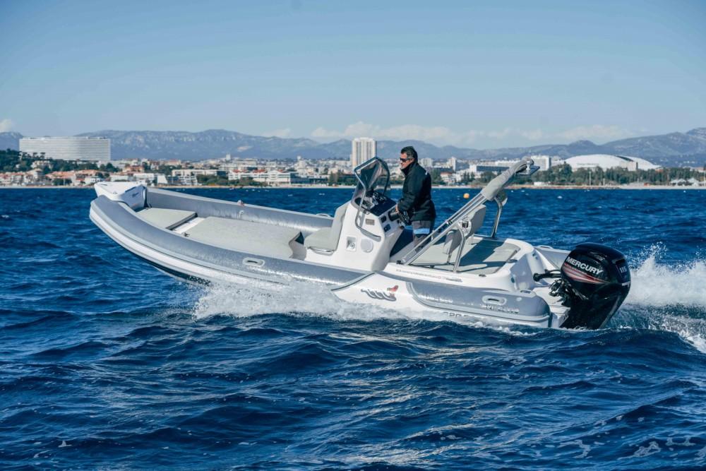 Louer Semi-rigide avec ou sans skipper MV Marine à Marseille