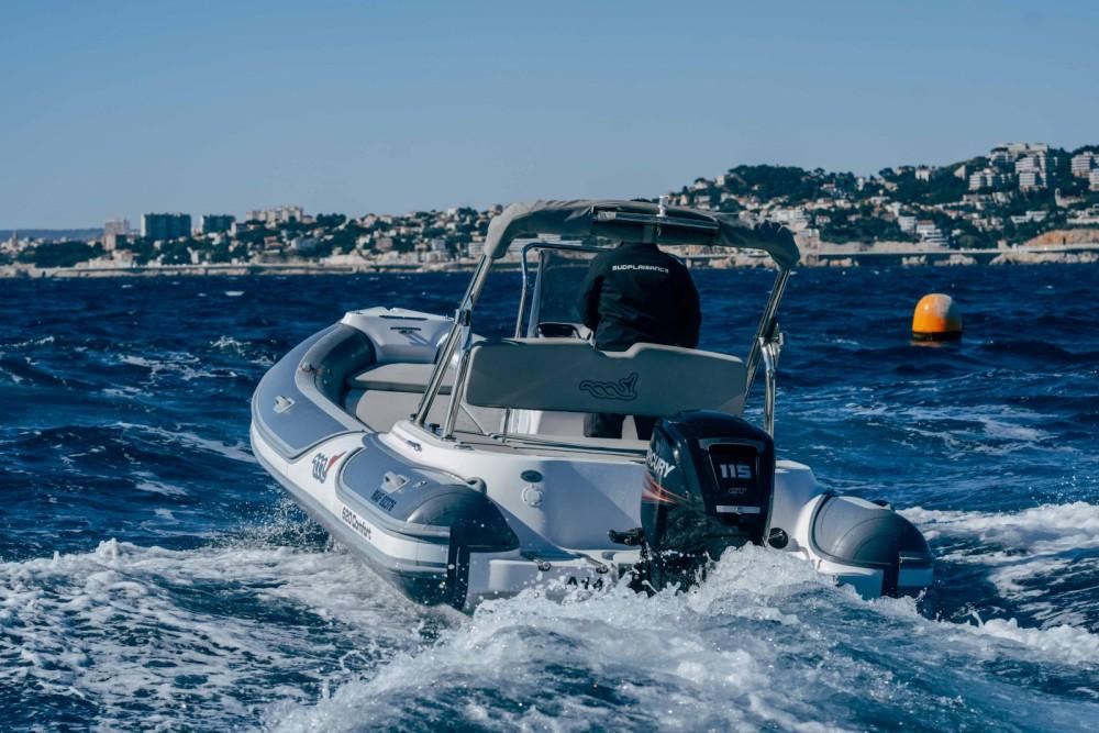 Location Semi-rigide MV Marine avec permis