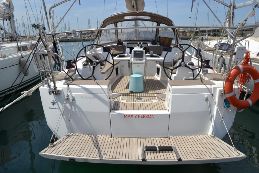 Louer Voilier avec ou sans skipper Jeanneau à Valence