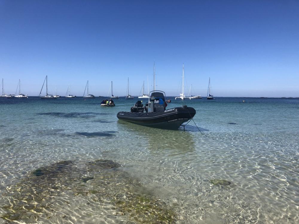 Location yacht à La Trinité-sur-Mer - Bombard Explorer 690 sur SamBoat