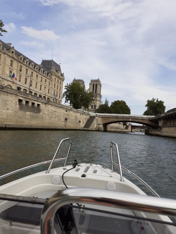 Louer Bateau à moteur avec ou sans skipper Terhi à Vaux-sur-Seine