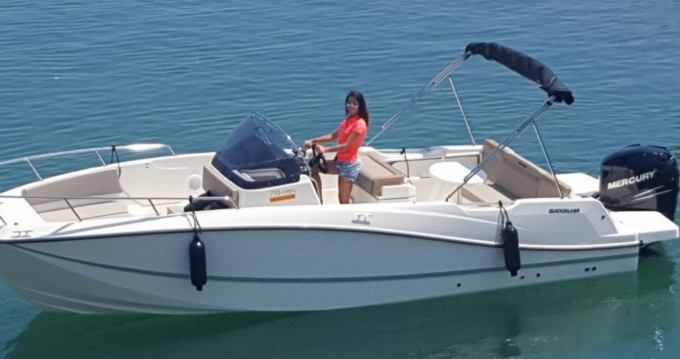 Location bateau Marseille pas cher Activ 755 Open