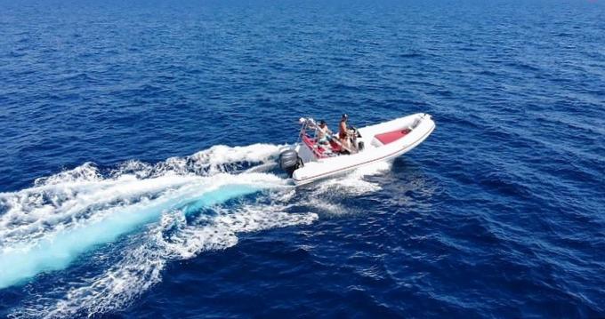 Location bateau Marseille pas cher Predator 599 AS