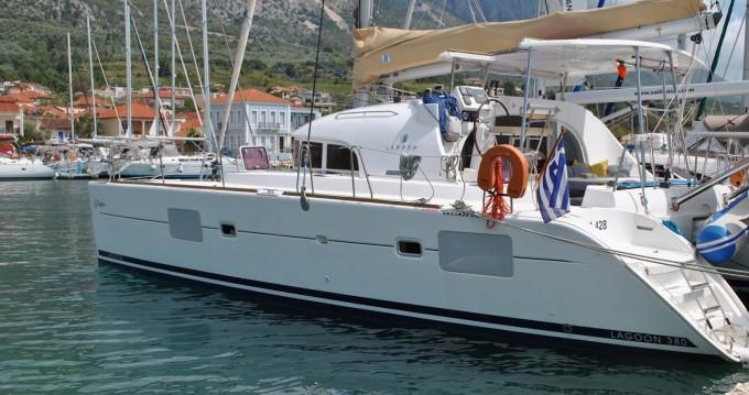 Location bateau Corfou pas cher Lagoon 380