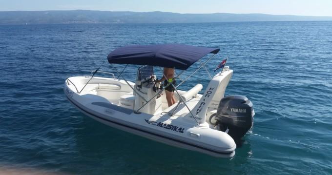 Location bateau Duće pas cher Maestral 555