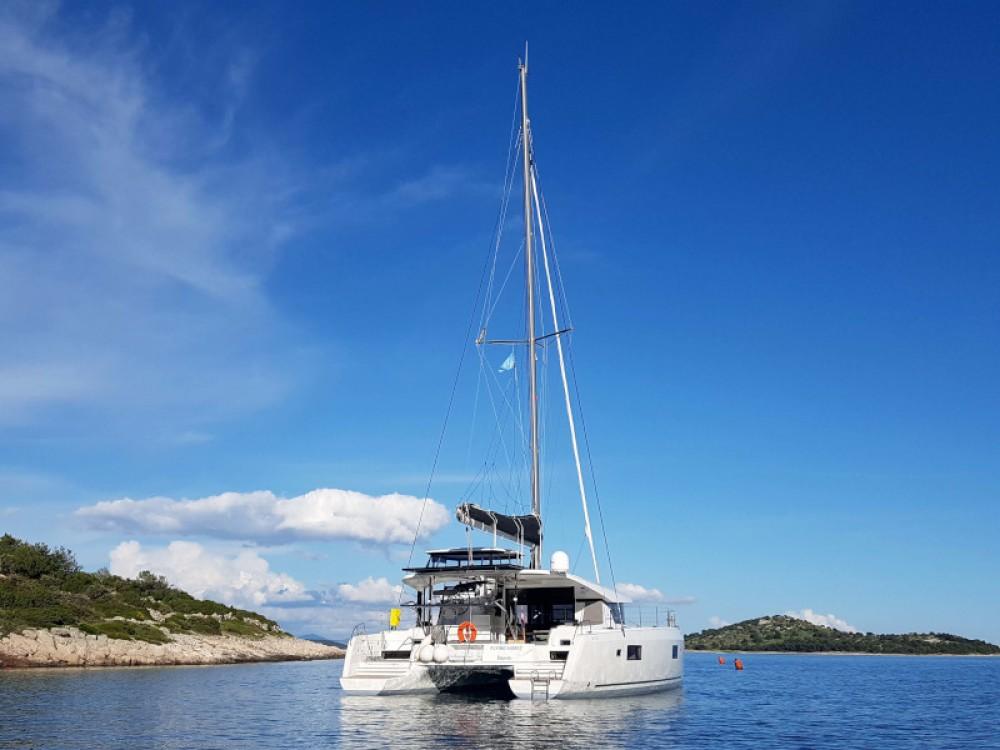 Louez un Lagoon Lagoon 42 (4+2 cab) à Šibenik