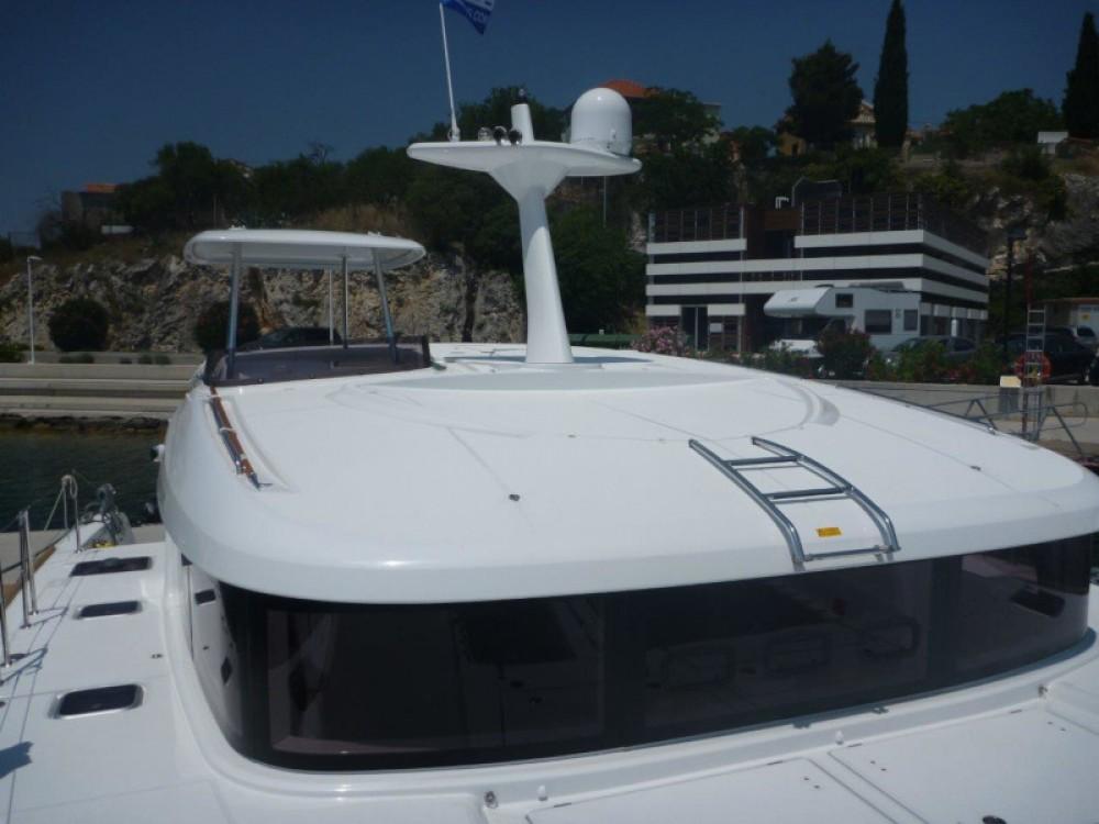 Location bateau Lagoon Lagoon 40 (4+2 cab.) à  sur Samboat