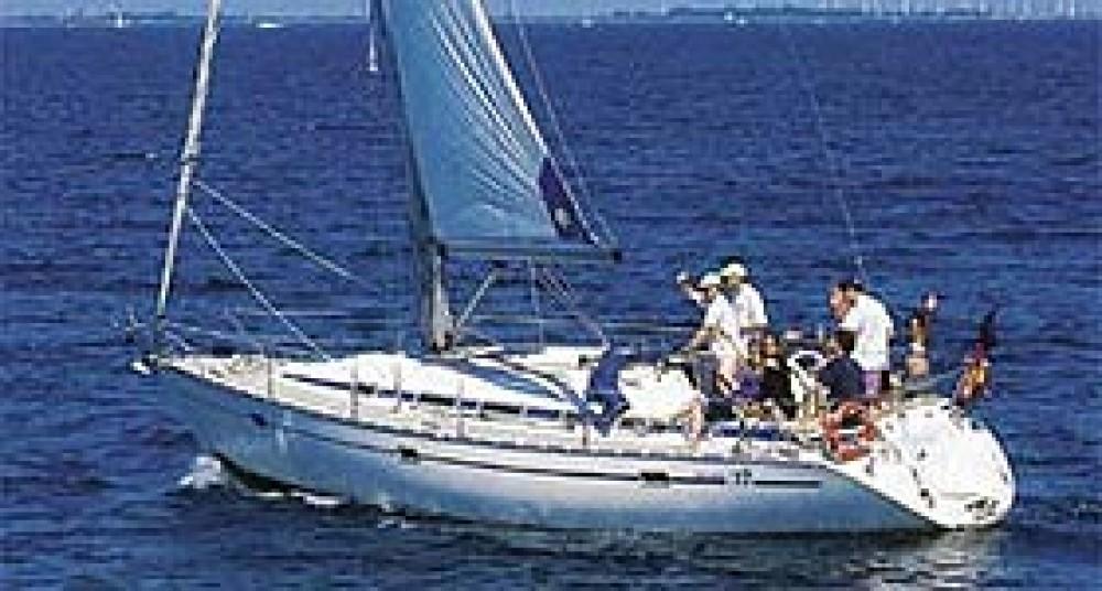 Location bateau Grèce pas cher Bavaria 37