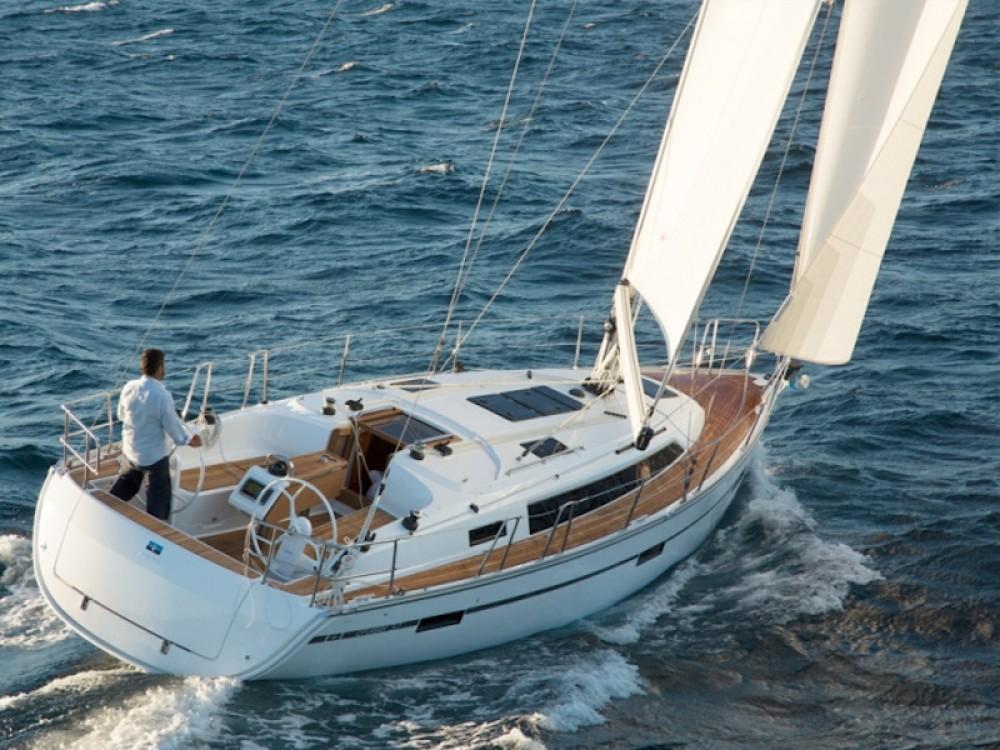 Location bateau Bavaria Bavaria 37 à Grèce sur Samboat